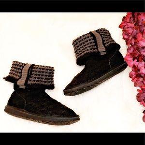 UGG Leland Black Knit Fold Over Boots